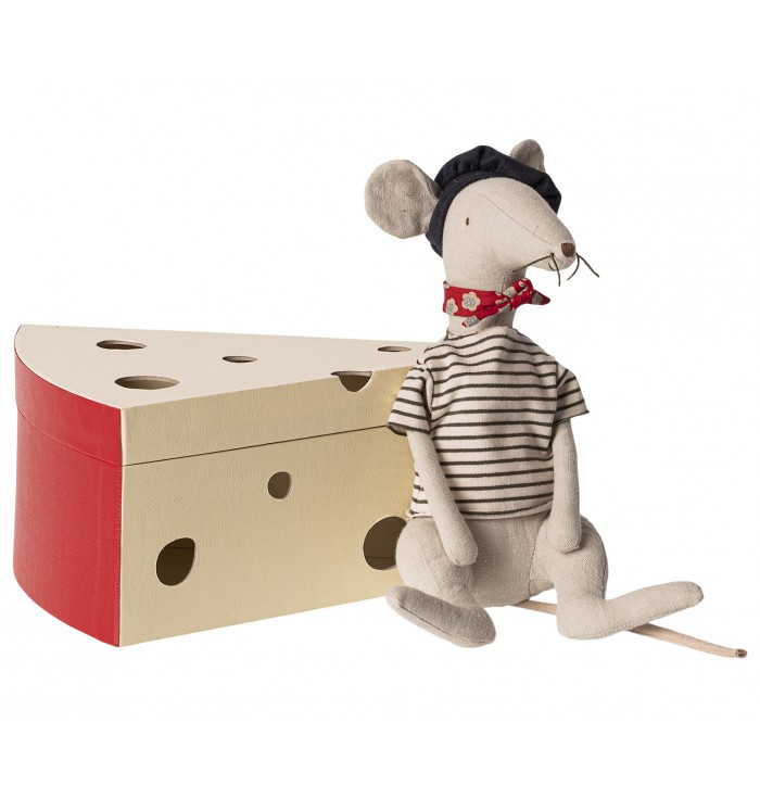 French rat in a cheese box