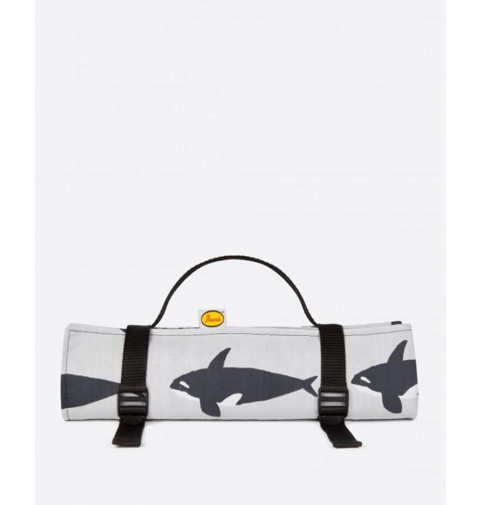 Outdoor Blanket - Orca