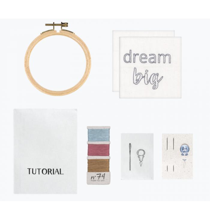 N° 74 Hoop Kit Quote - Dream Big