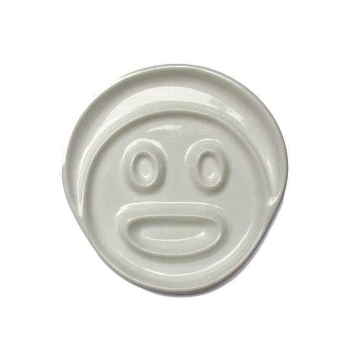 Dishes children with face colarata