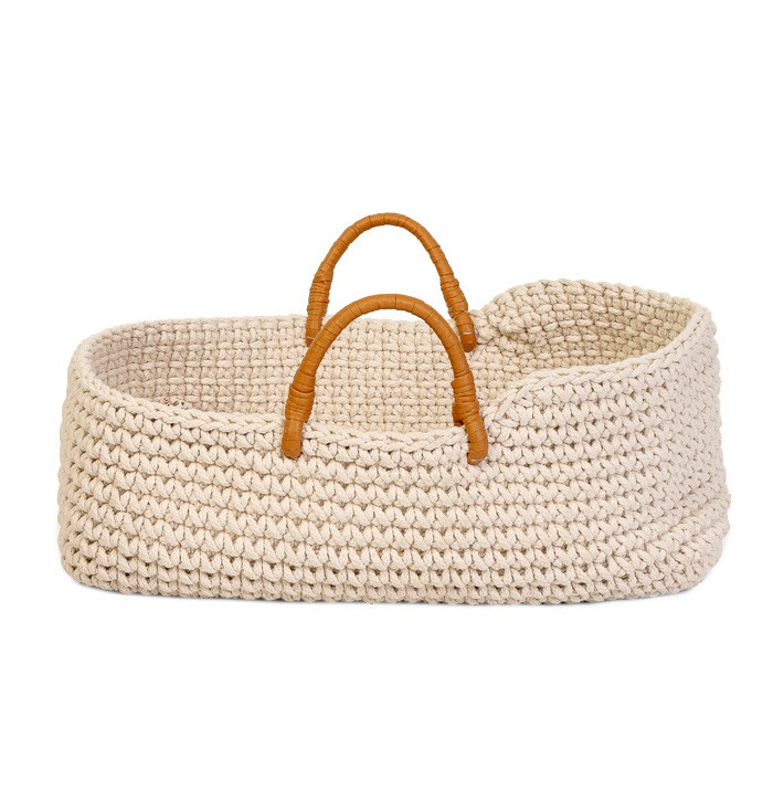 Knitted doll basket - Astrup