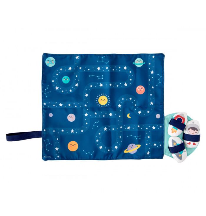 Little mat space- Monnëka
