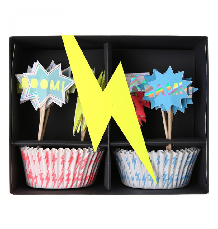 Set For Cupcakes And Toppers Superheroes